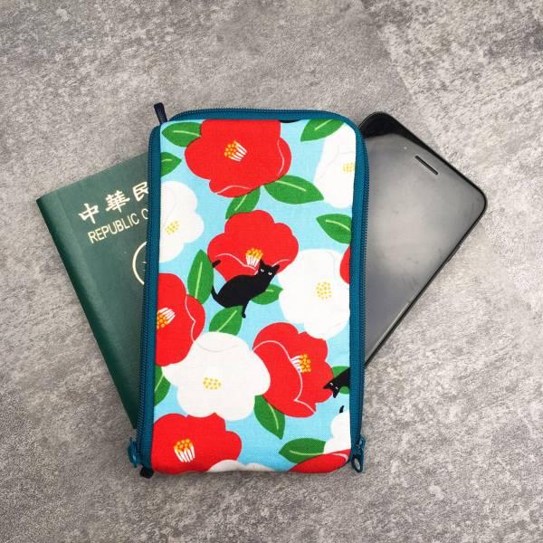 多功手機包 Plus & Max (朵朵貓 - 空藍色) 接單生產* 手機袋,phonebag,携帯カバー,手機包,隨身小包,手工包,包包,Purses,かばん,カバン,鞄,手作包,布包 ,handmadebag,バッグ,ポーチ,布小物,布小物雑貨