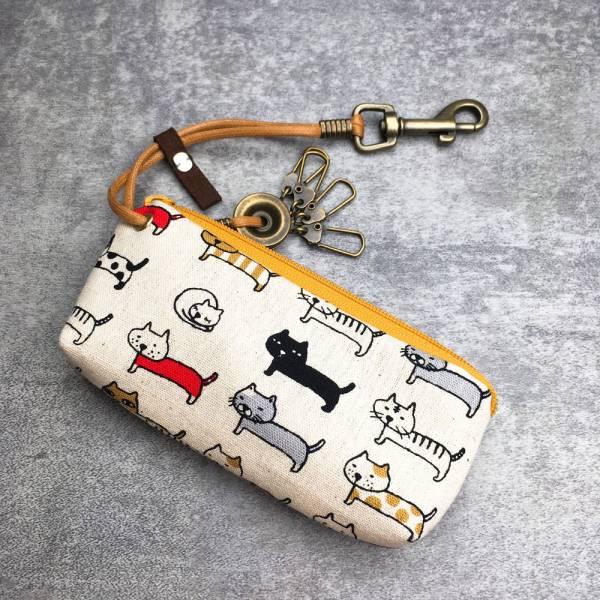 拉鍊鑰匙包 (牛奶排排貓) 日本布 接單生產* 鑰匙包,keyholder,鑰匙收納,キーケース,kyecase,隨身小包,客製化