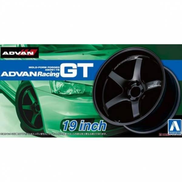 青島社 AOSHIMA 1/24 輪框 ADVAN Racing GT 19英寸