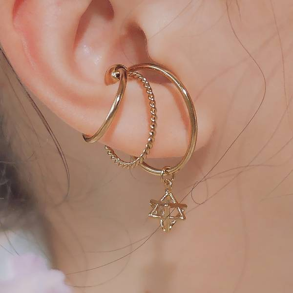 ONCE LITE | 空氣系 - 波光耳骨夾 夾式耳環 耳夾 耳環 耳窩夾 耳骨夾 耳骨耳環 鋯石 鋯石耳夾 鋯石耳環 古金色