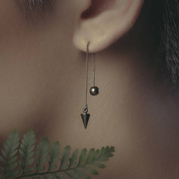 Alchemy Series – Triangle microscale * Dangle chain earrings 耳環 長耳環 幾何 極簡