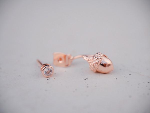 Whispering acorn earrings -rose gold colour 耳環 橡果