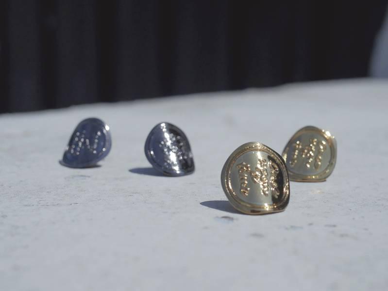 Wax seal – Antique gold black nickel * Earrings Wax seal Antique Earrings