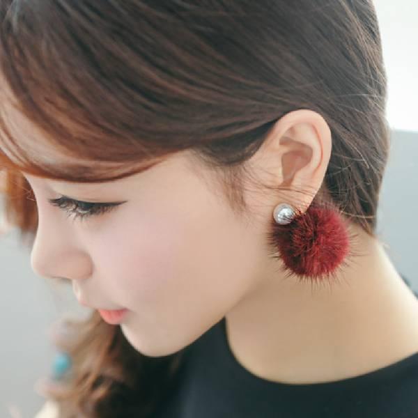 [韓國] 珍珠仿貂毛氣質耳環 LadyA,飾品,耳環,貂毛氣質耳環,韓國,珍珠耳環,個性,優雅,耳環,時髦,休閒,韓風,垂墜耳環,