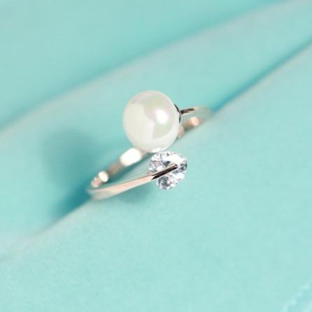 [韓國] 戴珍珠的無暇少女 · 唯美鋯石戒指