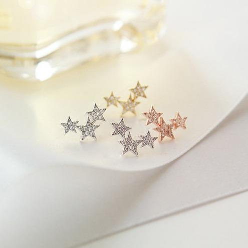 [韓國] 許願星鋯石微鑲耳環 (雜誌同款) LadyA,耳環,飾品,配飾,貼耳耳環,低敏,鋯石,鑽石,可愛,優雅,氣質,韓風,韓國,星形耳環,星星,許願星,星星耳環,許願,星願