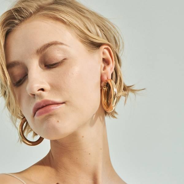 [歐美] 名模風潮.粗框金屬環圈質感電鍍耳環