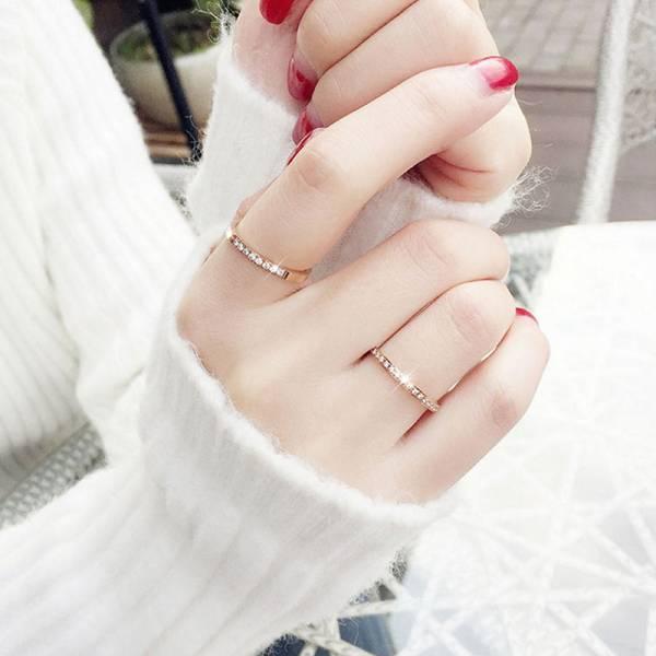 鈦鋼玫瑰金18K - 低調的華麗氣質繁星鋯鑽戒指 LadyA,戒指,飾品,可愛,優雅,時髦,休閒,韓風,簡約,鈦鋼,玫瑰金戒指,玫瑰金,華麗,水鑽,戒指鋯石,鋯石戒指,鑽石,鑽石戒指,水晶,水晶戒指
