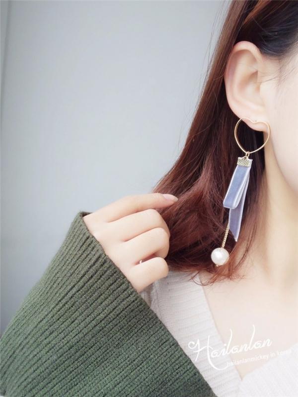 [韓國] 愛心韓國絨緞帶珍珠耳環 LadyA,韓國,愛心,絨緞帶,垂墜耳環,耳環,甜美,可愛,氣質