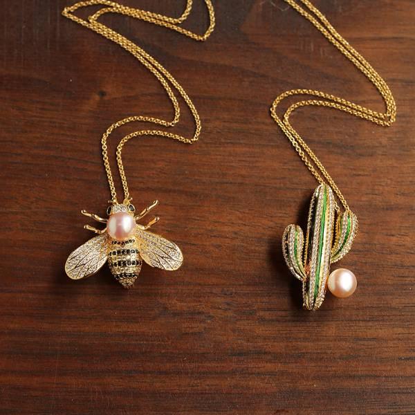 向光 · 永恆 - 密蜂仙人掌手工造型長鏈 LadyA 飾物女王,LadyA,鋯石,鍍厚真金,淡水珍珠,蜜蜂,仙人掌,手工滴釉,鍍厚真金,