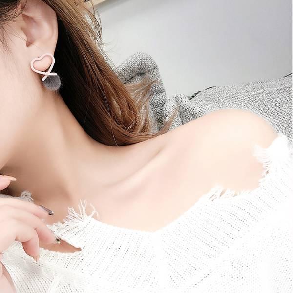 [韓國] 甜美可人鋼針耳環 LadyA,耳環,飾品,合金耳針,個性,優雅,耳環,時髦,休閒,韓風,愛心耳環,日常必備,日常,