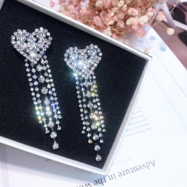 [韓國] 女王等級璀璨愛心 - 專櫃5A鋯鑽耳環