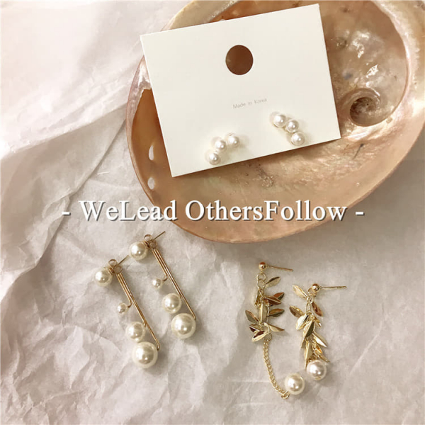 限量|韓國東大門代購 - 英國奧古斯都堡的金色歲月珍珠不對稱耳環(925銀針)