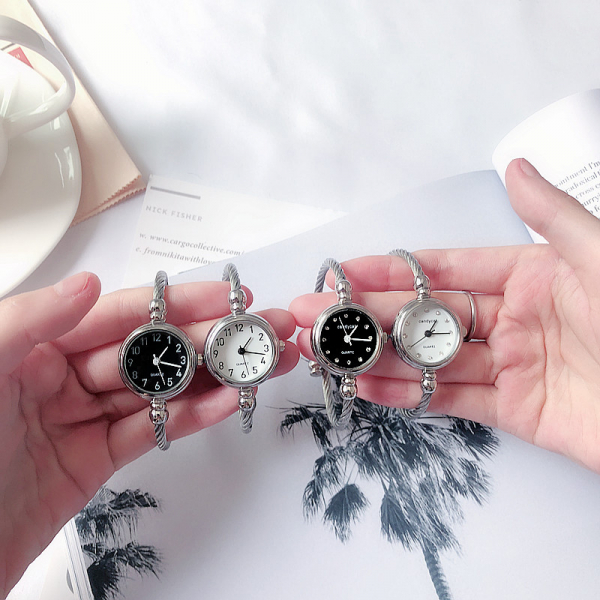 [韓國]手錶手鐲式女開口中學生韓版簡約創意學院風潮流candycat女生鏈條