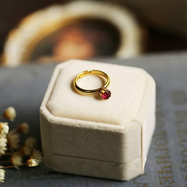[美國] 美產祖母綠.酒紅老鑽 - 皇冠優雅氣質戒指