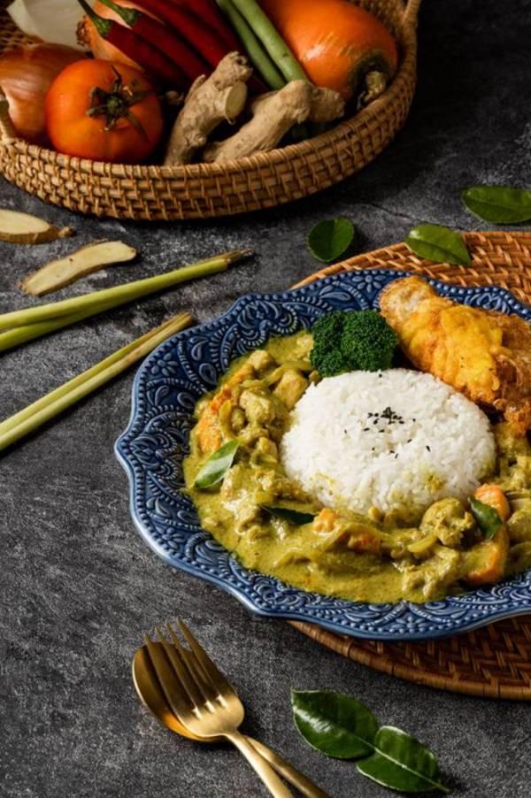 綠咖哩椰汁雞 泰式料理,胡同燒肉,汰汰,綠咖哩