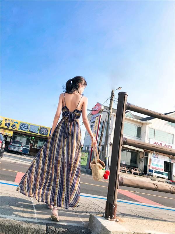 露背細帶幾何條紋雪紡渡假長洋 渡假洋裝,長裙