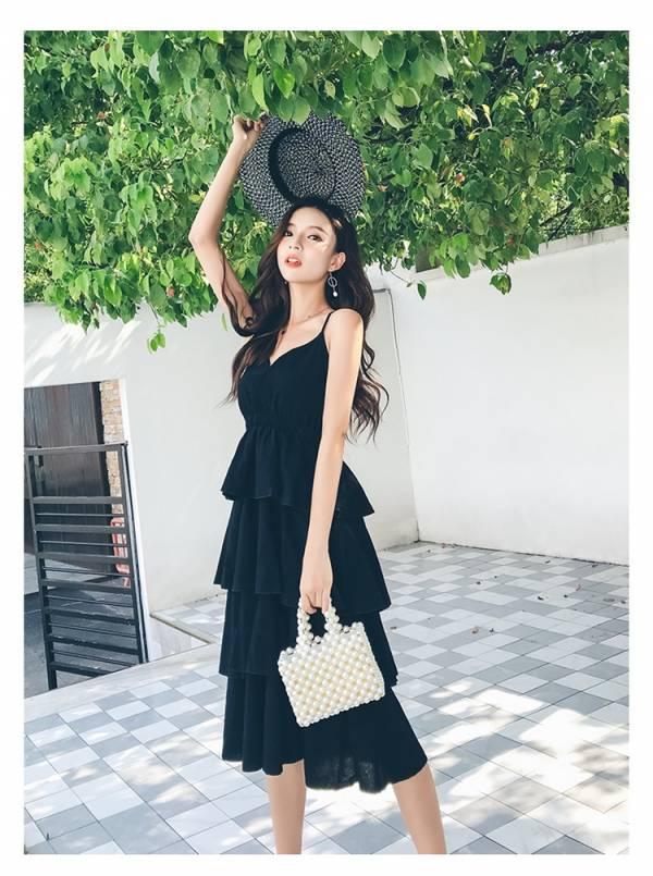 黑色多層次渡假洋裝 渡假洋裝,長裙