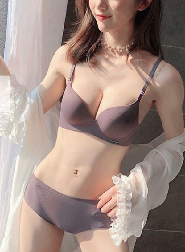 小胸專屬超厚無痕一片式無鋼圈內衣(紫) 內衣,美胸內衣,集中內衣,性感內衣