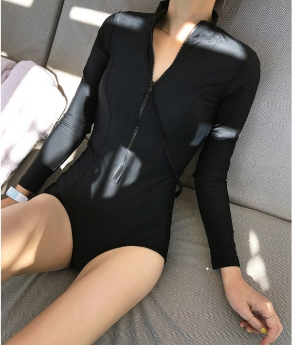 顯瘦長袖黑色連身泳衣 長袖防曬泳衣