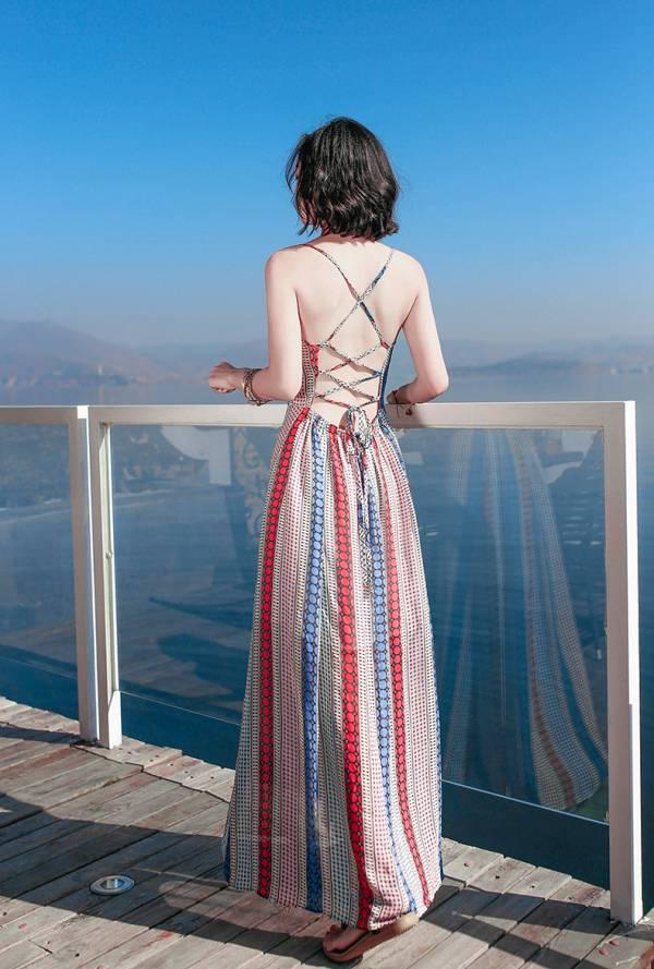 紅藍條紋綁帶露背渡假洋裝 渡假洋裝,長裙