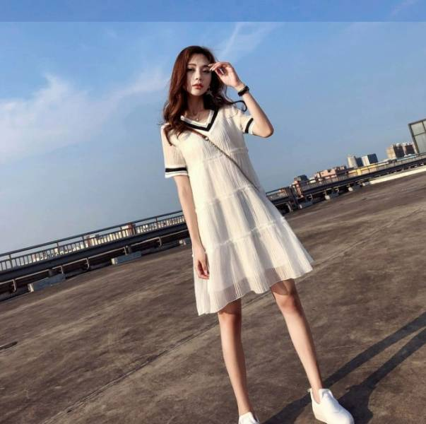氣質學院風V領短洋兩色 渡假洋裝,短裙,短洋裝