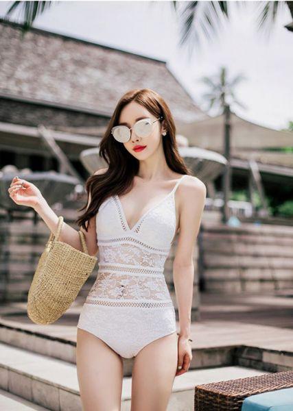 蕾絲簍空連身泳衣兩色 連身遮肚泳衣