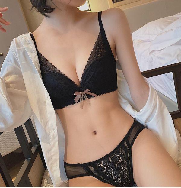 緞帶蝴蝶結深V包副乳無鋼圈聚攏內衣(優雅黑) 內衣,美胸內衣,集中內衣,性感內衣