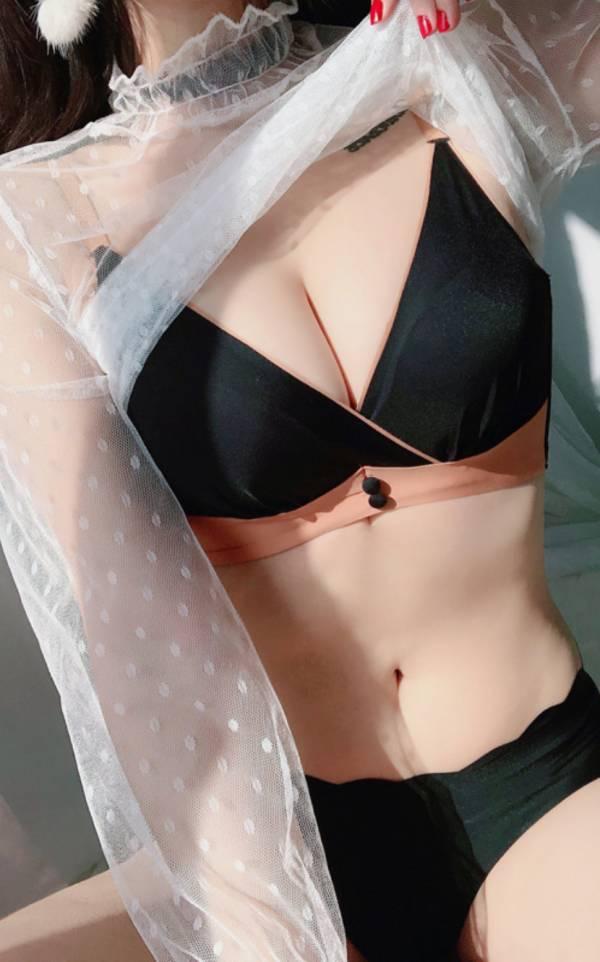 撞色無痕無鋼圈集中款內衣(黑) 內衣,美胸內衣,集中內衣,性感內衣