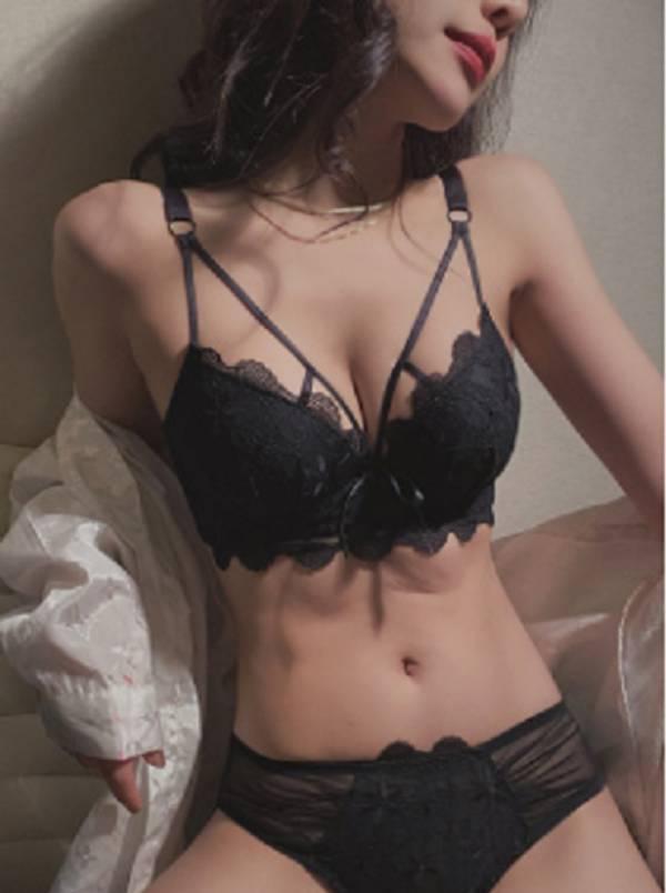 蕾絲性感美胸內衣(黑) 內衣,美胸內衣,集中內衣,性感內衣