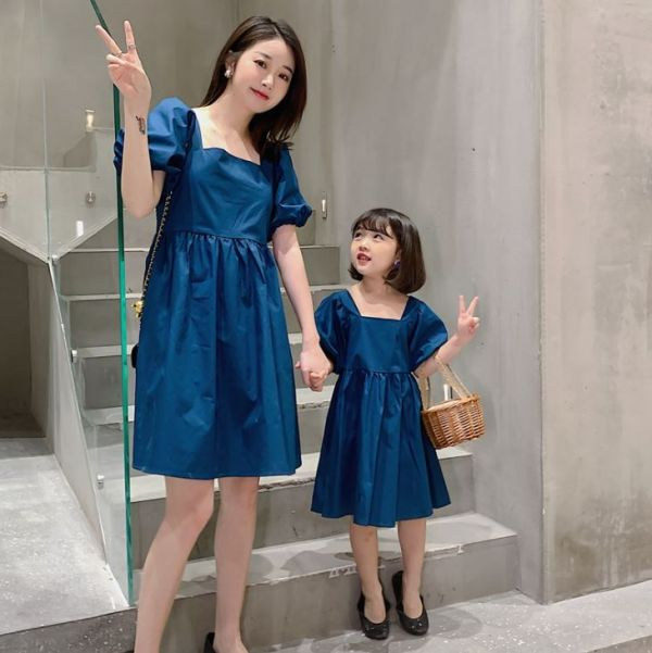 BV1557 春夏新款 全家出遊 時尚媽媽連身裙母女親子裝 (2色) 全家,出遊,親子裝,全家福,新款,春,夏,全家福,連身裙,母女裝,