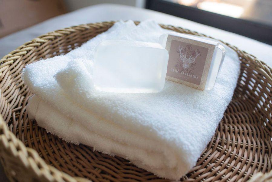 燕窩手工皂 燕窩手工皂 燕窩胜肽 手工皂 洗臉皂