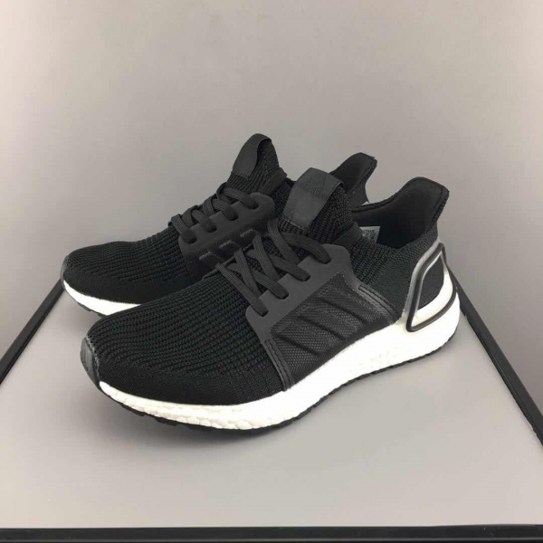 best cheap 41e63 b5412 Adidas Ultra Boost 5.0 UB5.0款 四配色下單備註顏色 (28-35碼&17cm-22cm)