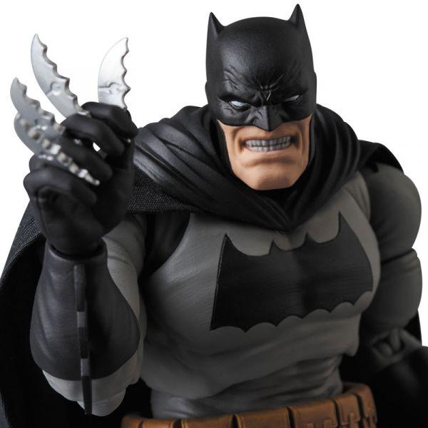 Medicom Toy MAFEX 蝙蝠俠 黑暗騎士歸來 可動人偶 The Dark Knight Returns  MEDICOM TOY,MAFEX,蝙蝠俠,黑暗騎士歸來,The Dark Knight Returns
