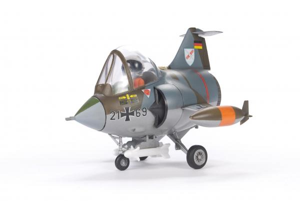 AFV CLUB 戰鷹模型 Q版戰機 F-104G 西德空軍 海軍航空隊 組裝模型 AFV CLUB,戰鷹模型,Q版戰機,蛋機,F-104G 西德空軍 海軍航空隊 組裝模型