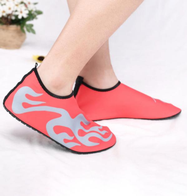 【風靡韓國신발】輕量透氣涉水鞋|泳鞋|沙灘鞋|溯溪鞋 旅行必備,溯溪鞋,沙灘鞋
