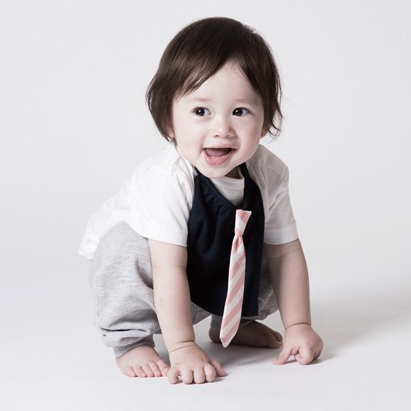 可愛造型圍兜/口水巾(條紋領帶小紳士)