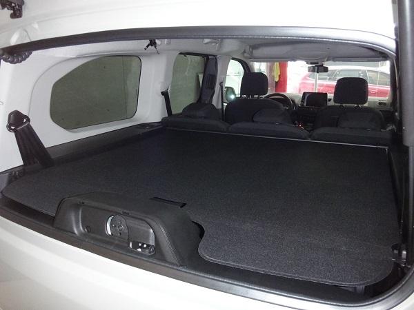 行李箱遮陽捲簾(BERLINGO)