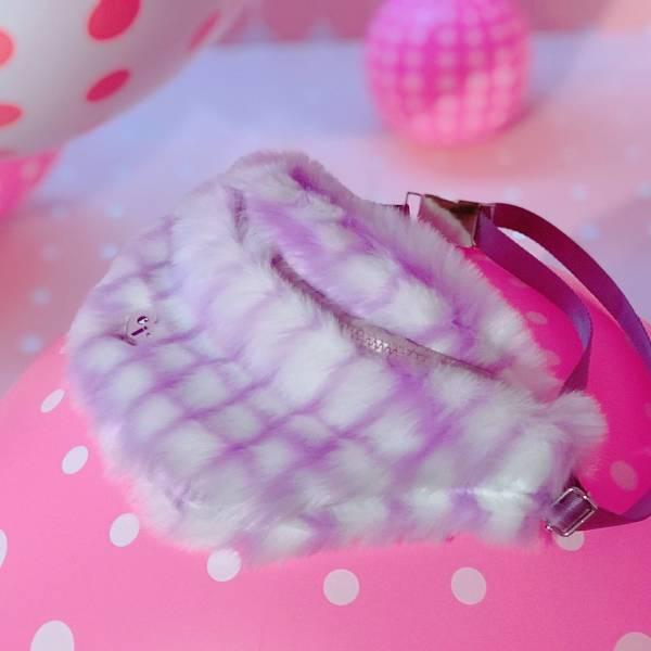 JCC粉紫格紋銀釦腰包