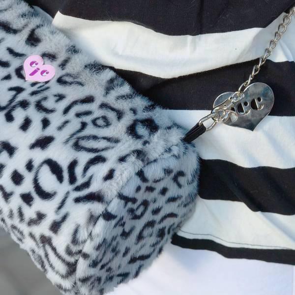 JCC灰色豹紋仿兔毛圓筒包