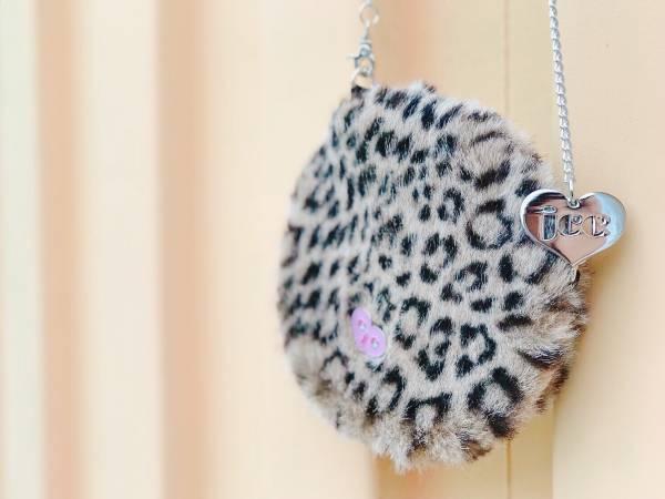 JCC豹紋銀鏈仿兔毛圓圓包