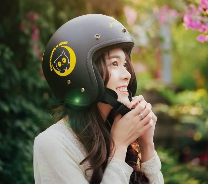 【讓後宮保護你】黃阿瑪安全帽