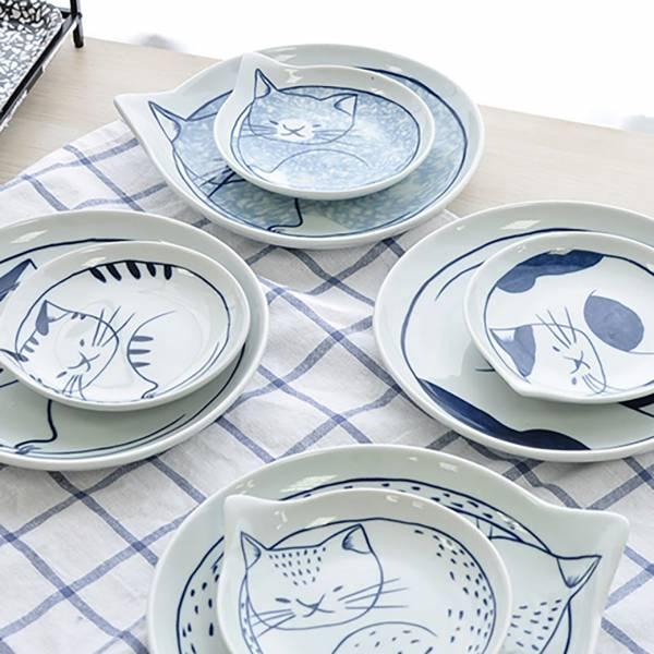 *【貓兒圍著貓盤子】陶瓷盤4個一組(大)         貓盤子、廚房、手繪釉