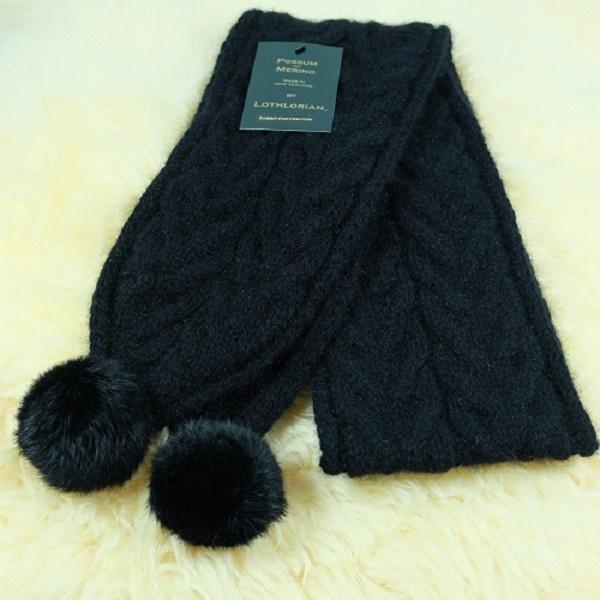 【黑】兔毛球麻花紐西蘭貂毛羊毛圍巾 立體麻花圍巾-粗針織毛線圍巾-保暖圍巾 圍巾,羊毛圍巾,毛線圍巾,保暖圍巾,圍巾女