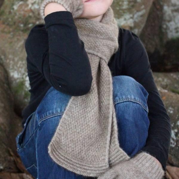 奶茶色單層窄版12公分紐西蘭貂毛羊毛圍巾