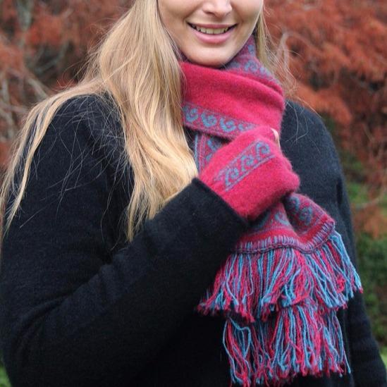 雙面銀蕨紐西蘭貂毛羊毛圍巾 雙層保暖圍巾-覆盆子桃紅X藍綠 圍巾,圍巾推薦品牌,保暖圍巾,羊毛圍巾