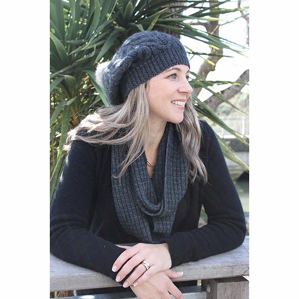【炭灰】麻花粗針織紐西蘭貂毛羊毛貝蕾帽兔毛球 毛線帽-保暖帽-毛球帽 毛球帽,毛線帽,貝蕾帽,羊毛帽,保暖帽