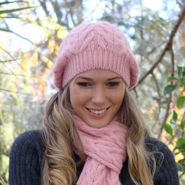 嫩粉紅100%紐西蘭駝羊毛貝蕾帽麻花粗針織保暖帽 毛帽,毛線帽,保暖帽,羊毛帽,羊毛配件