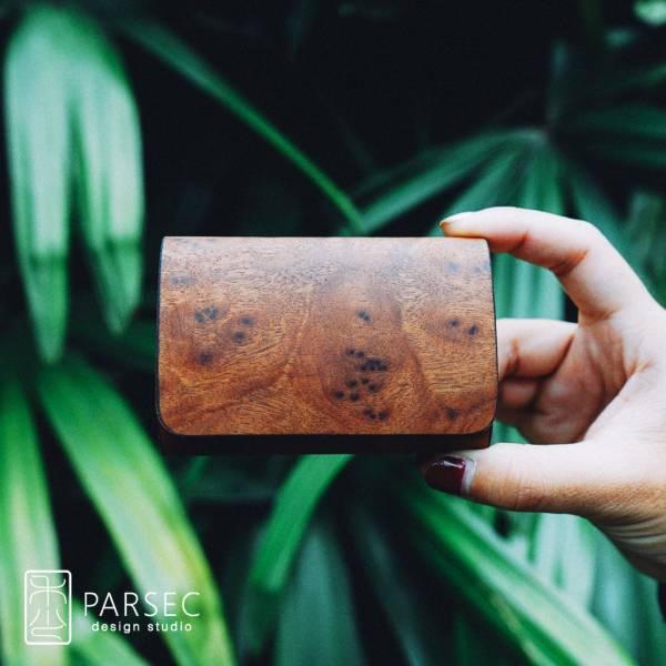 PARSEC|樹革花樟名片夾 環保皮革,樹革,自然,手工,台灣製