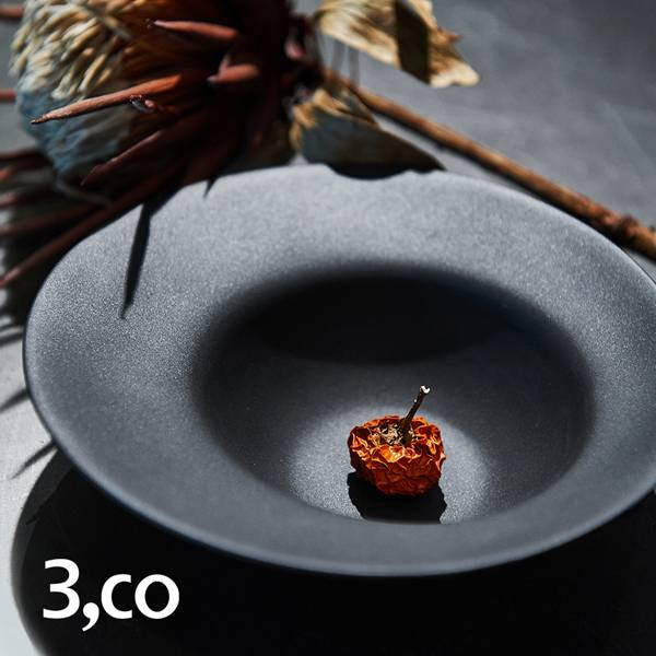【3,co】海洋湯碗(小) - 黑 碗,海洋,餐具,食器,米其林,當代,國際,台灣之光,台灣,原創,設計,簡約,生活美學,空間,瓷器,東方意象,驚豔,精品,禮物,禮品,送禮